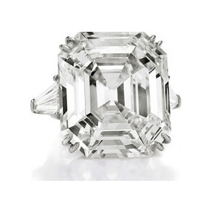 Elizabeth Taylor's asscher cut diamond ring