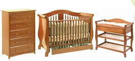 Medium Wood Crib Sets