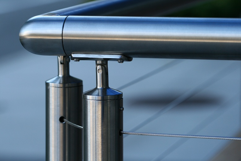 Cable railing systems round stainless steel